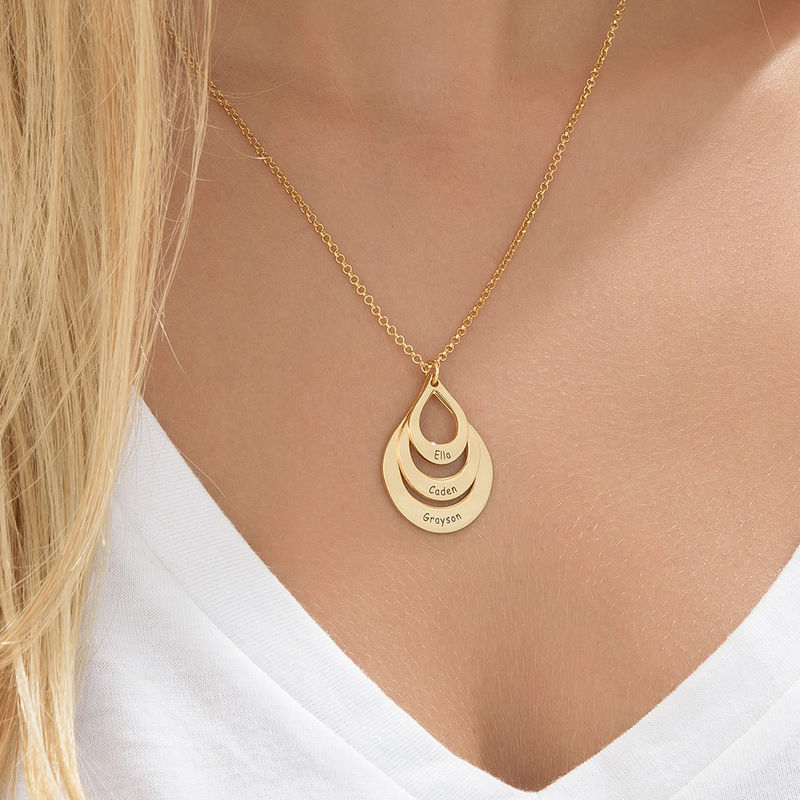Engraved Family Necklace Drop Shaped in Gold Plating - 5