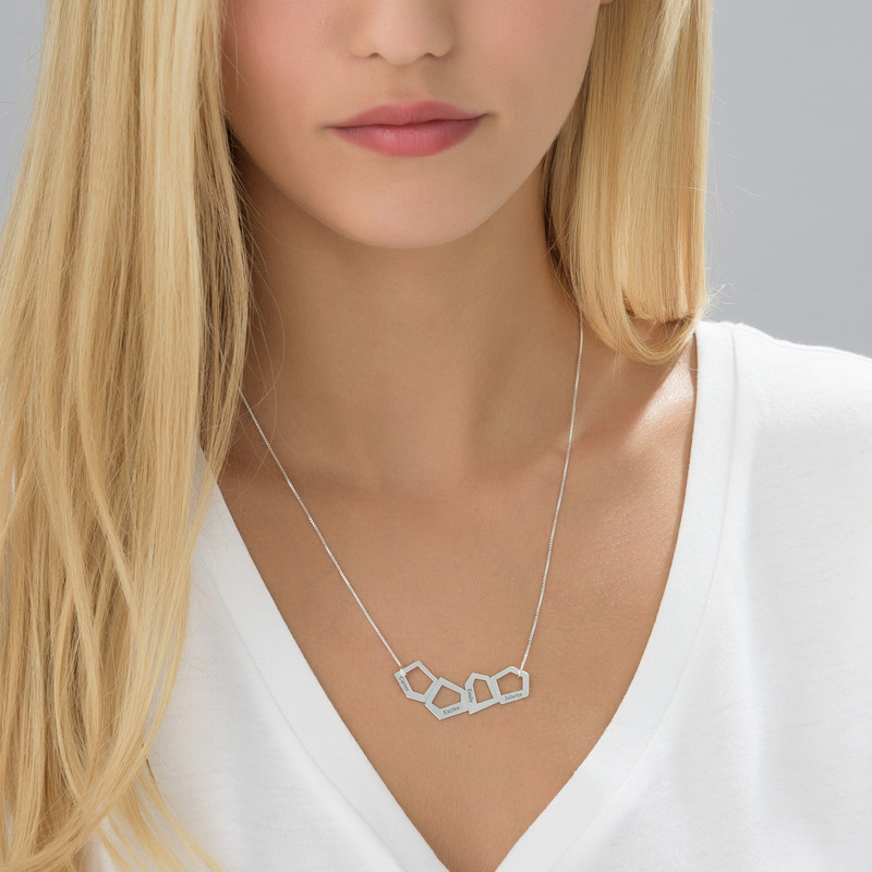 Geometric Necklace for Moms with Engraving in Silver - 2