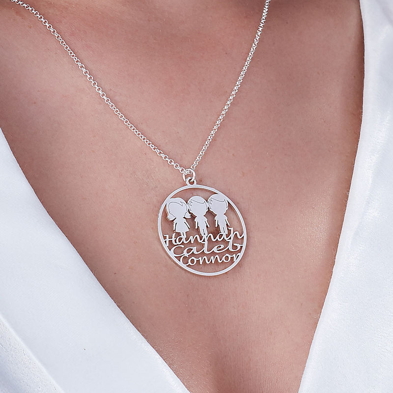 Mother Circle Necklace in Sterling Silver - 2