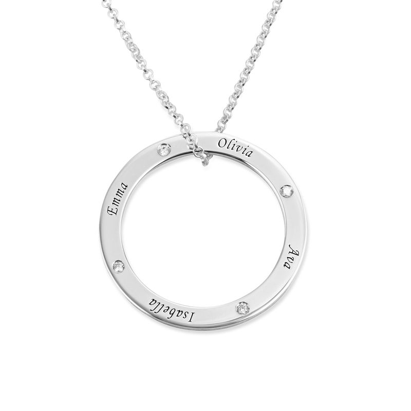 Engraved Family Circle Necklace for Mom in Sterling Silver