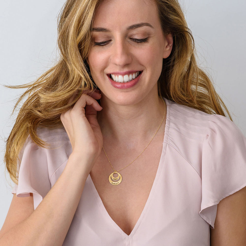 Jewelry for Moms - Disc Necklace in 10K Gold - 3