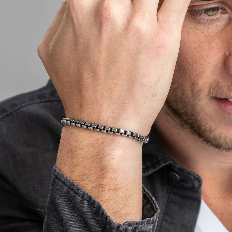 Box Chain Bracelet for Men in Black Silver - 1