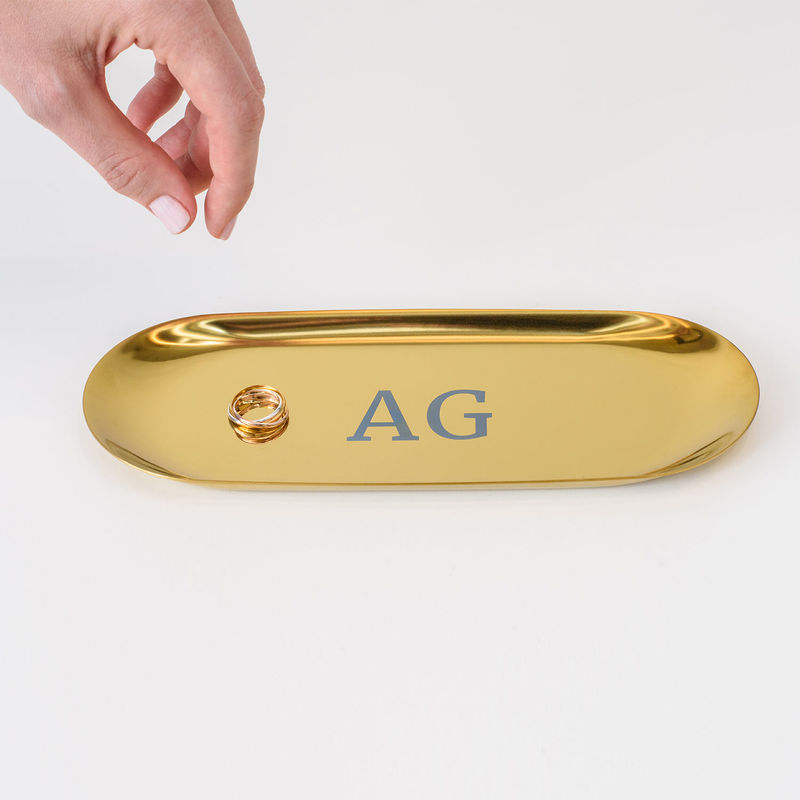 Personalized Oval Jewelry Tray in Gold Color - 2